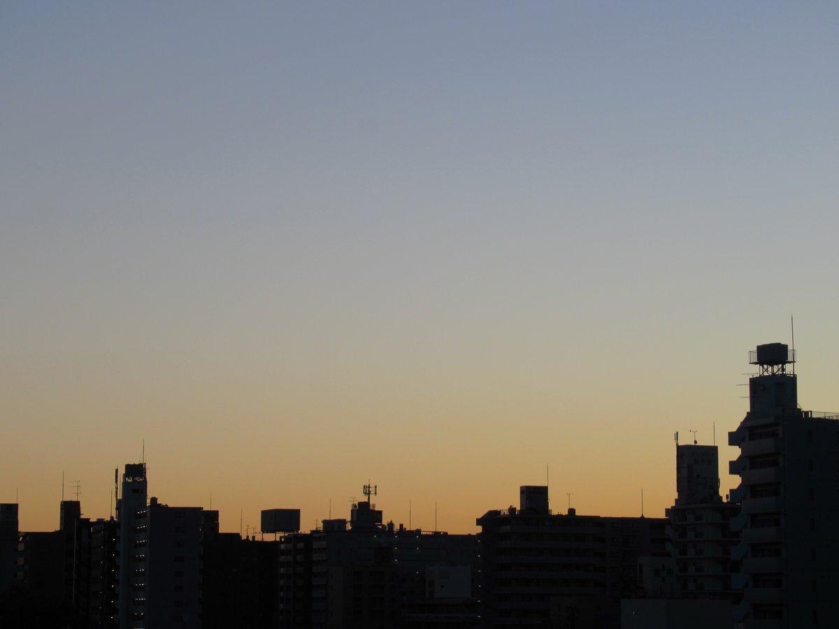 夜明けの横浜2