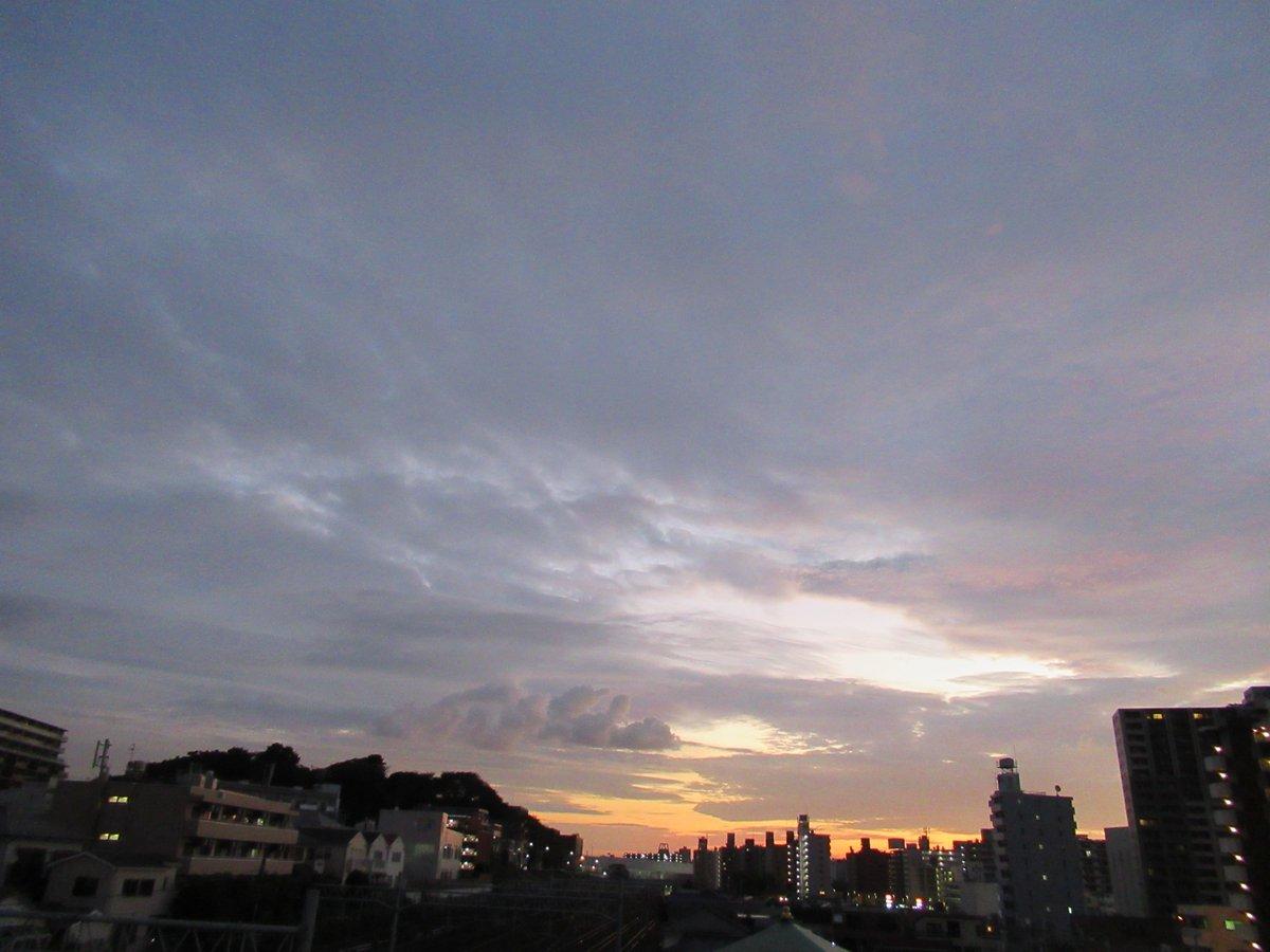 夜明けの横浜3