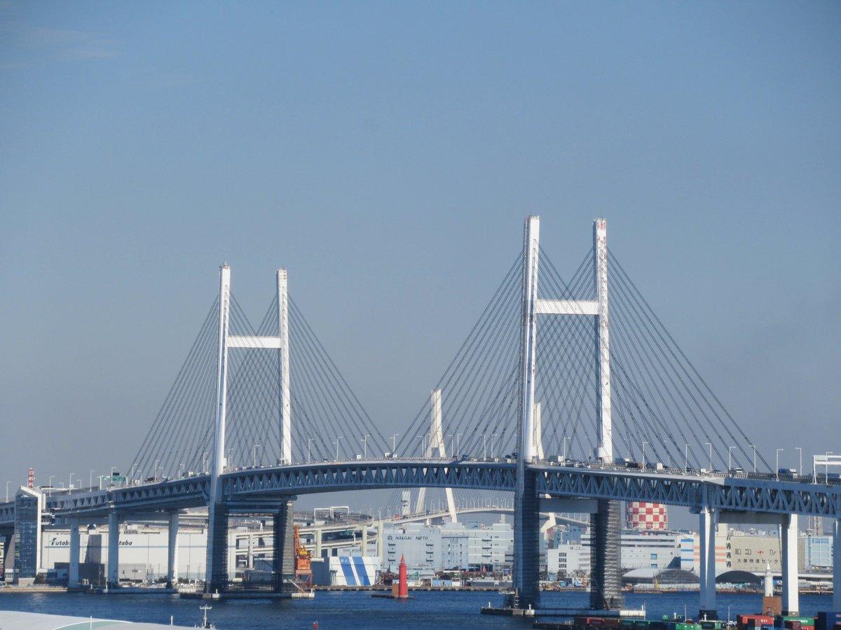 Yokohama Bay Bridge・minatonomieruoka-park
