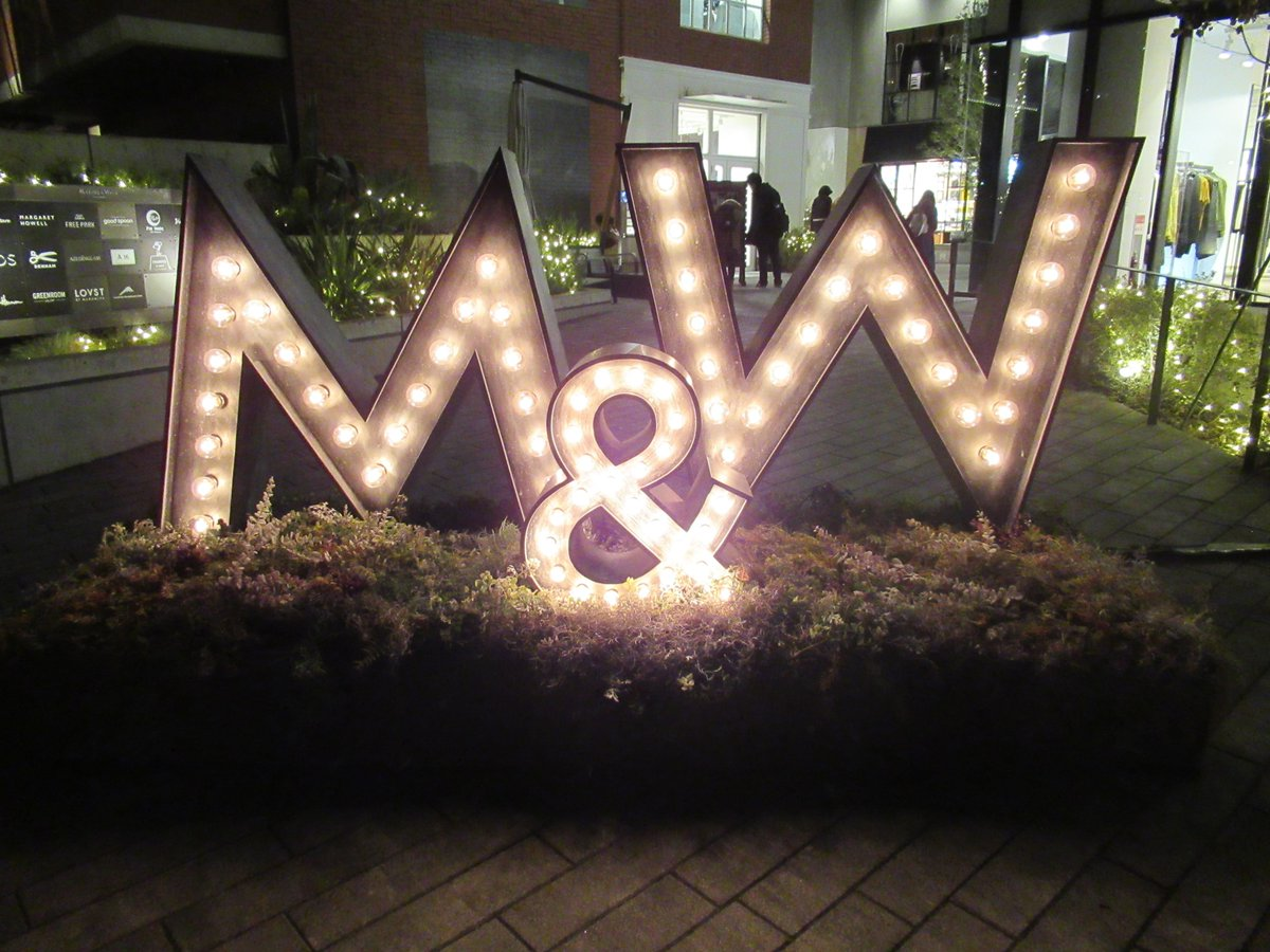 Marine & Walk・Night view/entrance