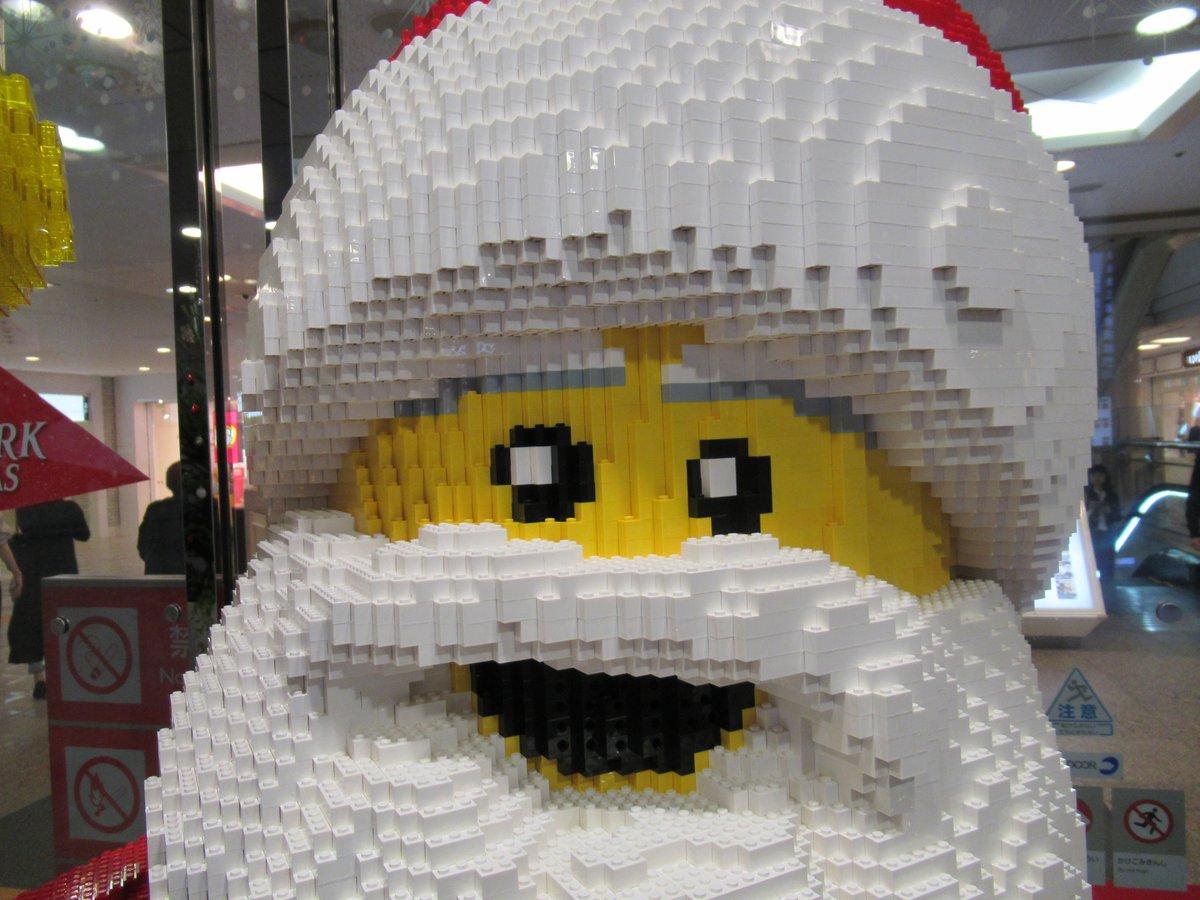 Landmark Plaza・Lego・Santa Claus3