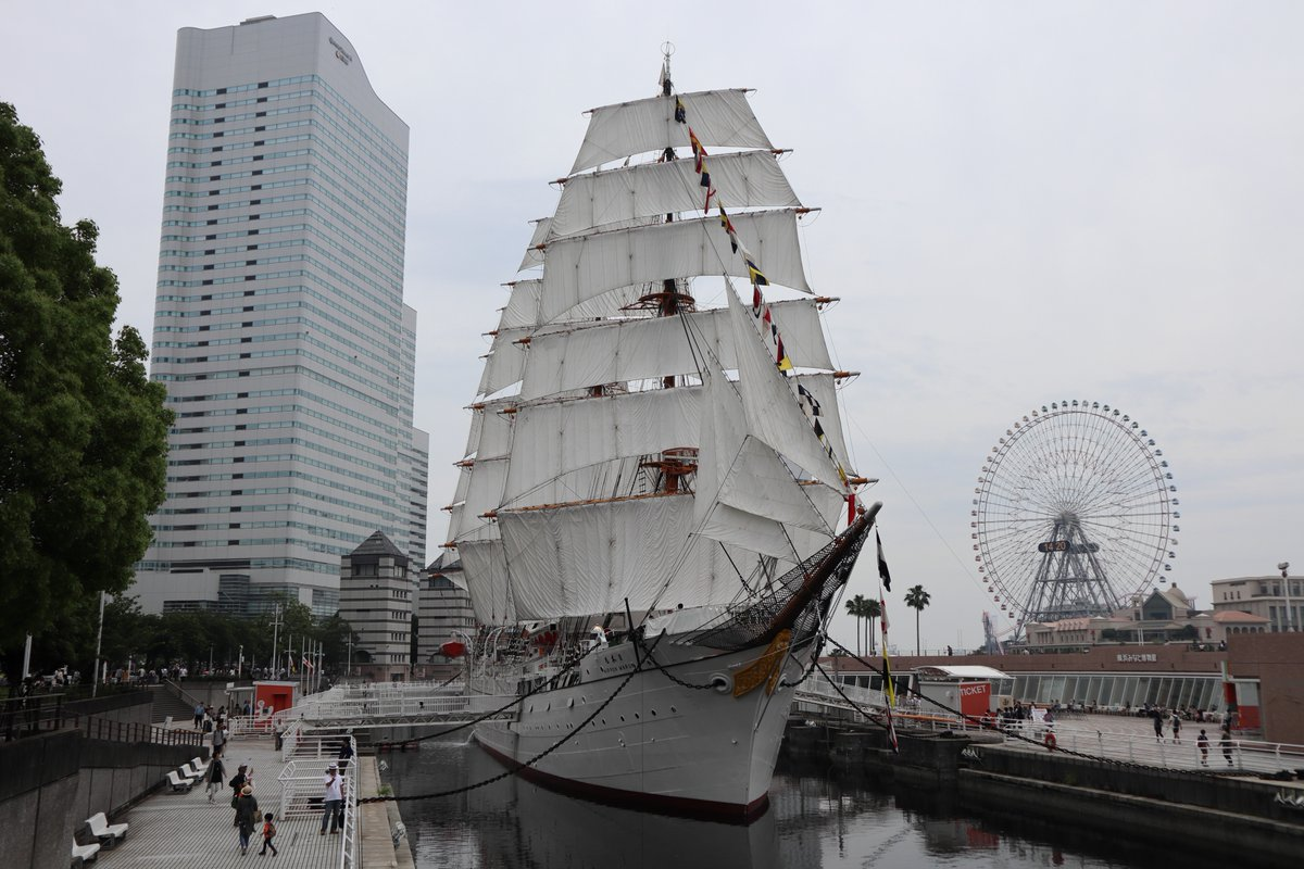 Nihonmaru・Ship with all sails set-2