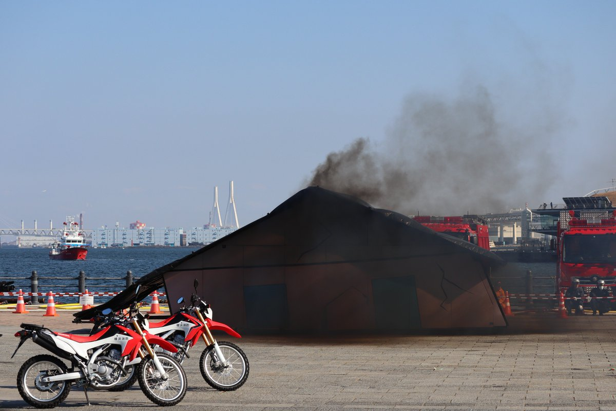 Red Brick Warehouse・parade of fire-companies・Fire Extinguishing