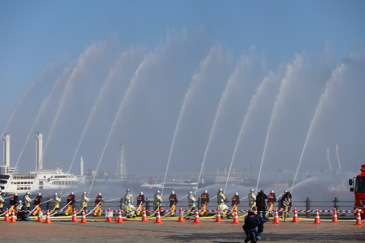Red Brick Warehouse・parade of fire-companies・Water Discharging All At Once From Fire Pumps2