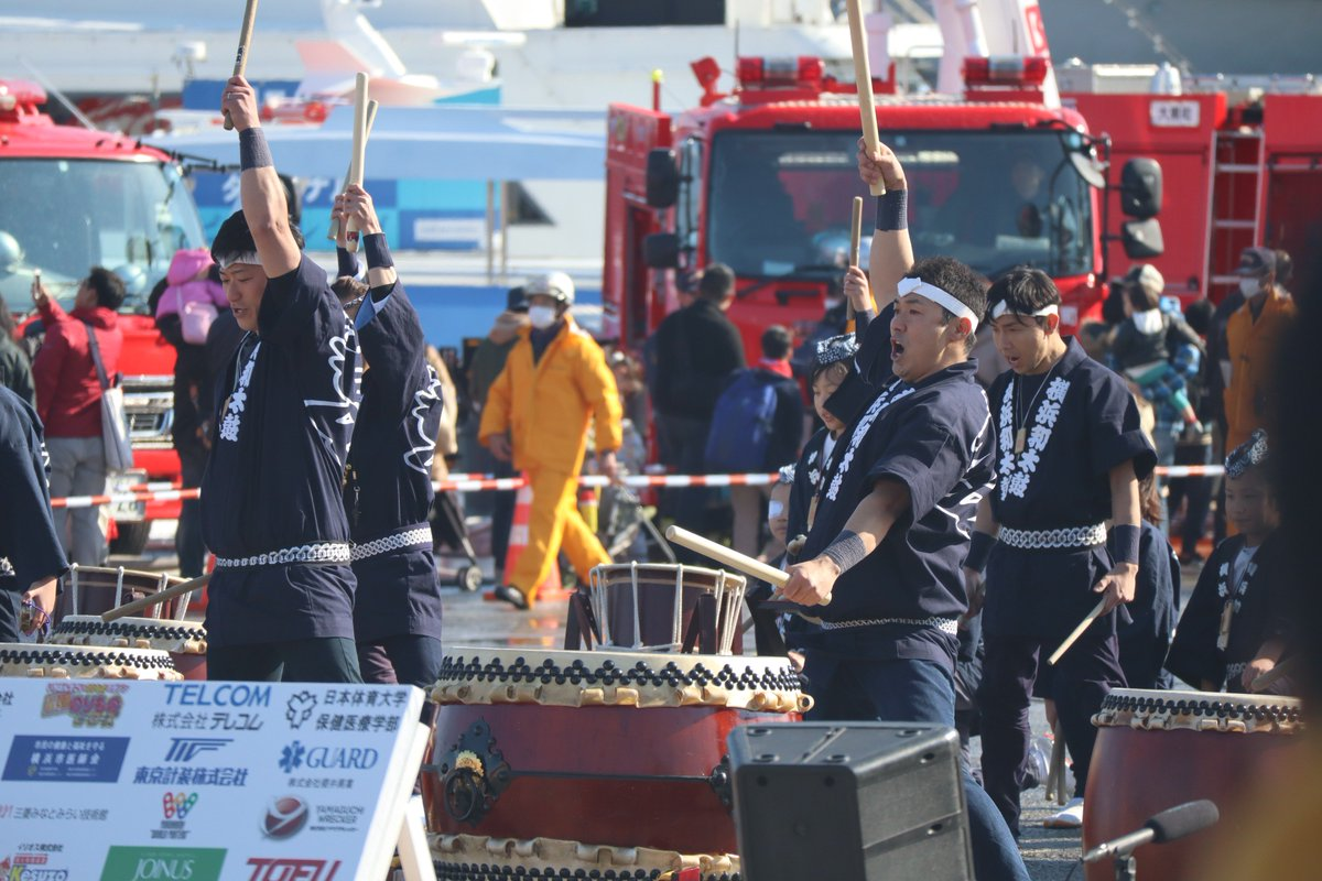 Red Brick Warehouse・parade of fire-companies・Performances of Japanese Drums