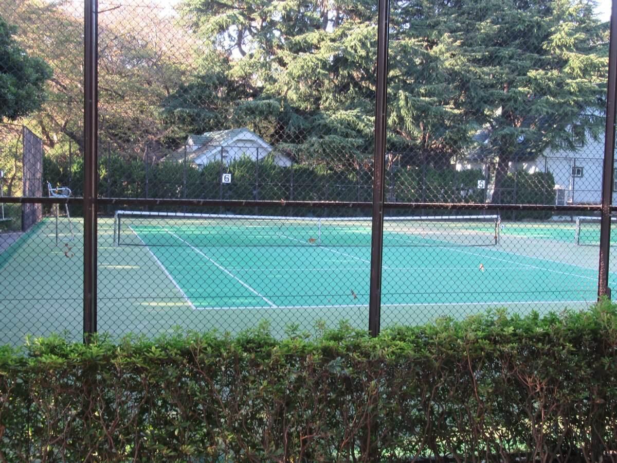 Bluff No68・Tennis court